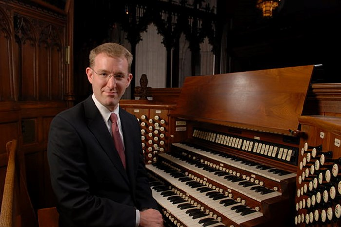 Scott Dettra, organ