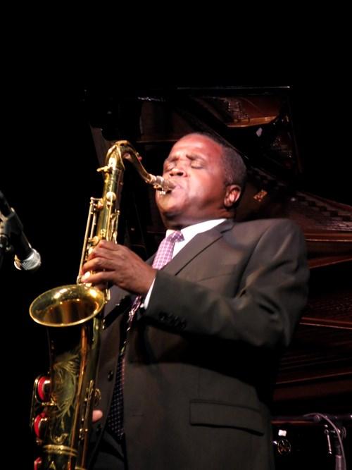 Rickey Woodard, saxophone